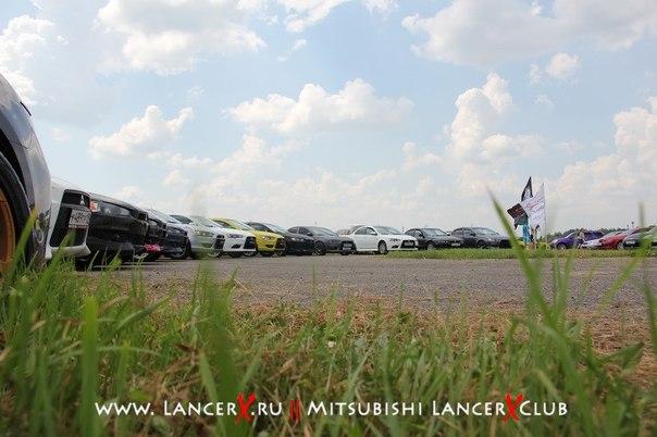 http://lancerx.ru/images/news/jcf/japcarfest2.jpg